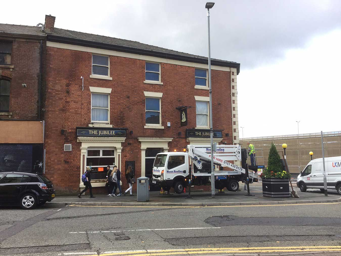 cherry picker hire in Bolton